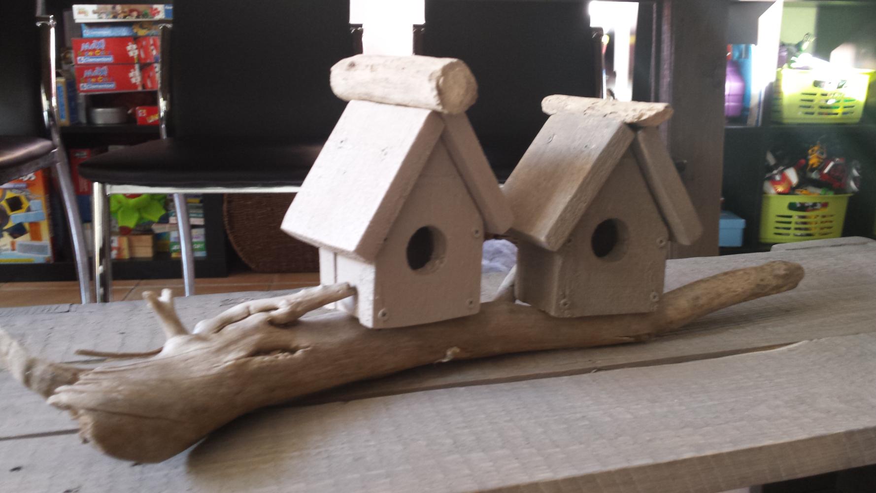 cabane oiseau d coration en palettes et d coration bois flott palettes co. Black Bedroom Furniture Sets. Home Design Ideas
