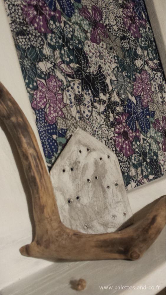 porte bijoux bois de palettes et bois flott s palettes co. Black Bedroom Furniture Sets. Home Design Ideas