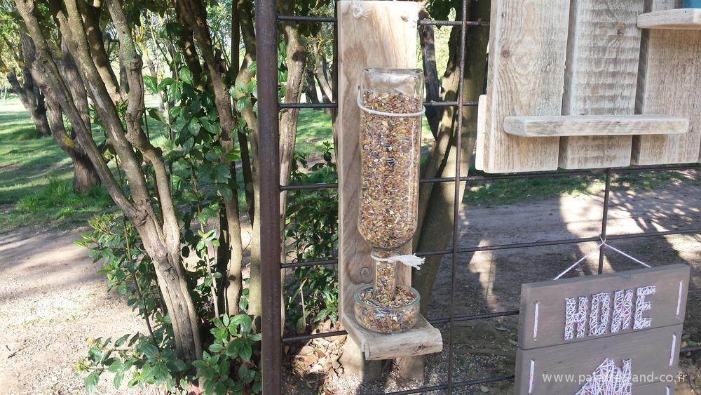 Mangeoire ext rieure en palettes et bois flott for Bois flotte beziers